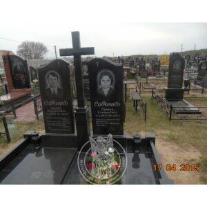 Двойное надгробие с крестом из гранита № 5