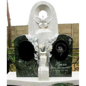 Памятник с голубем из мрамора №173