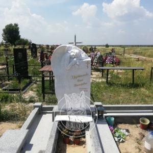 Мраморный памятник спящий ангел на арке №116