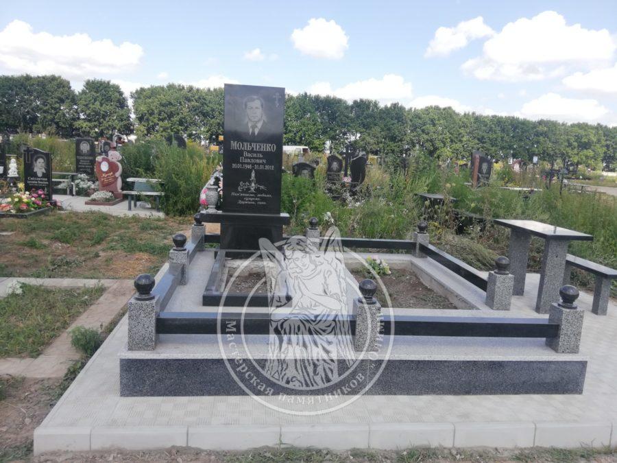 Одинарный гранитный памятник Бровары
