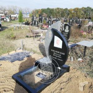 Одинарный памятник в Броварах