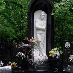 Ростовая мраморная скульптура мужчины №45
