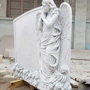 Мраморный памятник с барельефным ангелом  №57