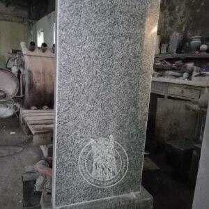 Образец памятника из янцевского гранита
