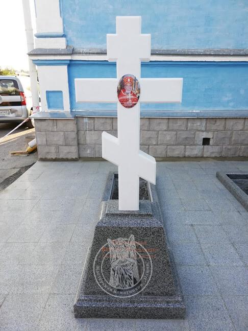 православный крест на могилу