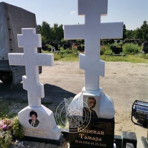 Мраморный православный крест №159 памятник установлен на Лесном кладбище г.Киев