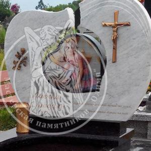 Памятник журналистке №124
