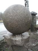 Лампадка из гранита «Янцево» с металлическим корпусом на могиле №10