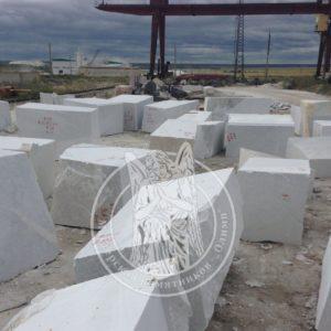 Блоки из мрамора, мраморные блоки в наличии