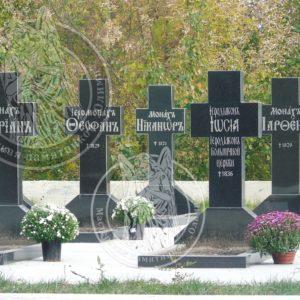 Кресты гранитные № 224 Установленные  на монастырском кладбище в Китаевой пустыне Цена: Уточняйте!