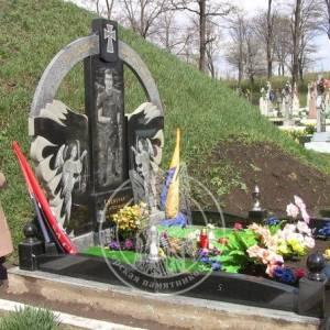 Гранитное надгробие бойцу АТО № 14