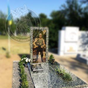 Гранитные и мраморные памятники, надгробия на могилу Херсон и Херсонская область доставка, купить, заказать, продажа.