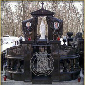 Двойное надгробие из гранита с божьей матерью  № 186