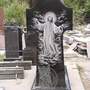 Памятник из гранита крест с Иисусом №241 Цена:Уточняйте!