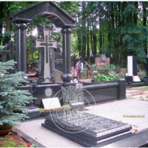 Памятник в Армянском стиле № 18