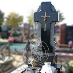 Гранитный   памятник с крестом № 232
