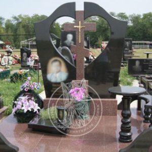 Гранитный памятник с крестом для двоих №197