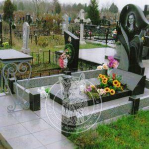 Памятник из гранита тюльпан № 326
