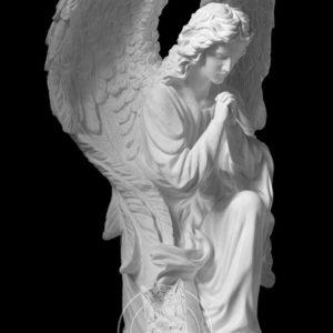 Молящий ангел на колене № 15
