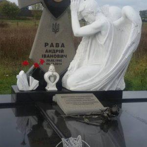 Крест из гранита с Ангелом бойцу АТО  № 29