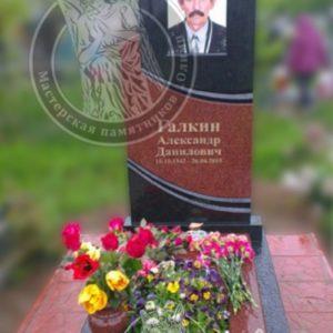 Памятник из гранита с фото на керамике  в( с. Требухов Броварского района ,Киевской обл.)№ 81