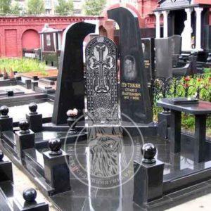 Памятник из гранта армянину № 24