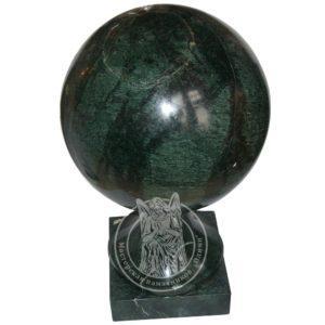 Зеленый мраморный шар на цоколь № 5