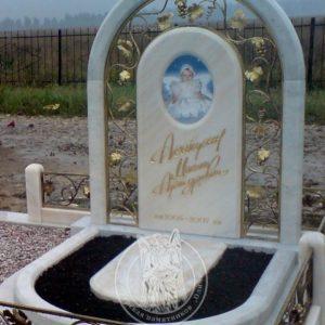 Детский памятник из мрамора №202 Цену:Уточняйте!