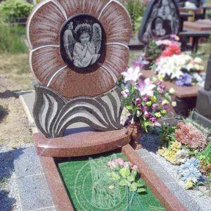 Детский памятник из гранита  Цветок № 206 Цена: Уточняйте!