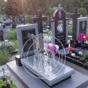 Детское надгробие комбинированное  из гранита портрет фото на керамике №198  Цена: Уточняйте!