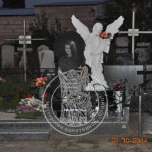 Детский памятник со скульптурой ангела №193 Цену:Уточняйте